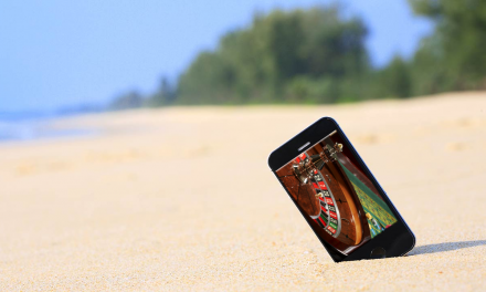 The Bahamas Welcomes Mobile Online Gambling